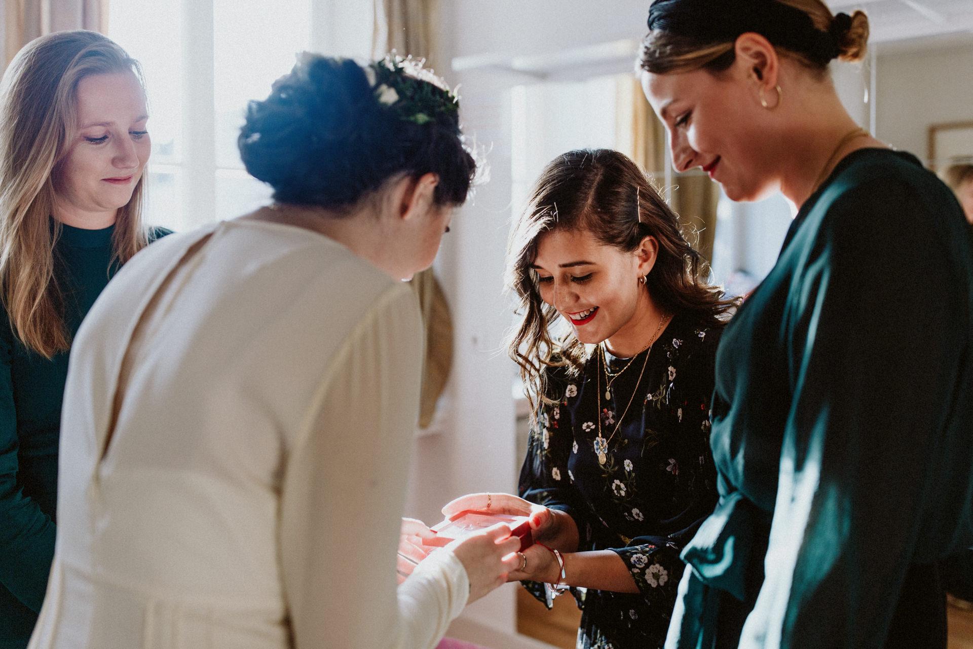 bridemaides braut hochzeit